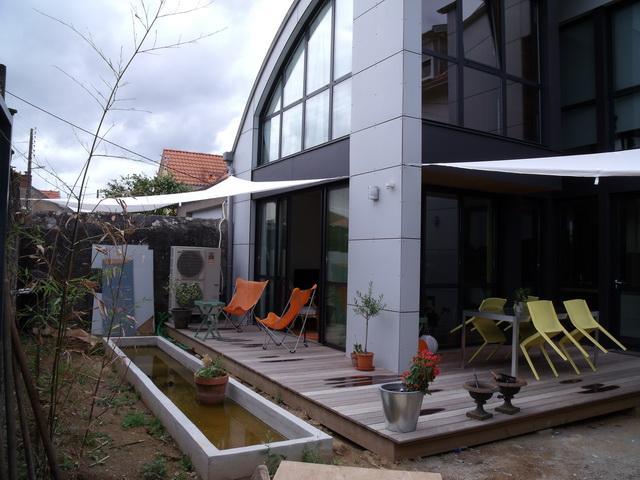 Maison à ossature bois à Nantes (vue sur terrasse)